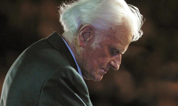 Billy Graham in prayer