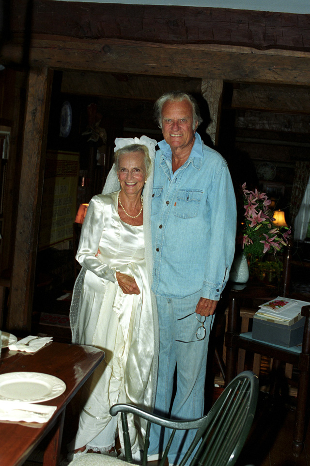 Billy and Ruth 50th wedding anniversary