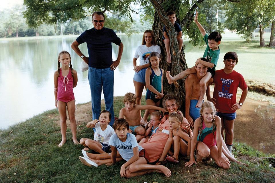 Billy, Ruth and grandchildren