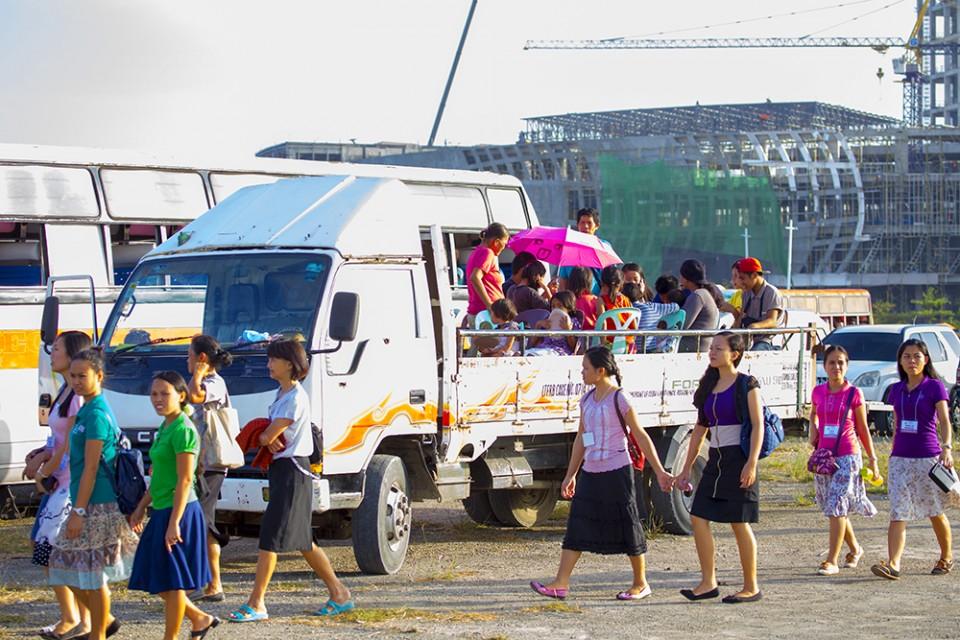 people arriving