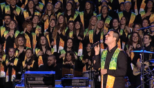 Catalonian Choir Sings Praises to God at Barcelona Festival