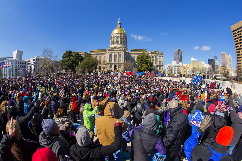 Thousands standing around State Capitol