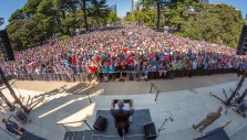7,500 Californians Join Franklin Graham to Take a Stand for God