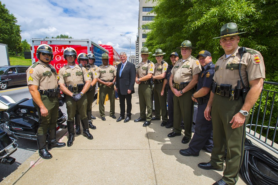 Franklin Graham with officers