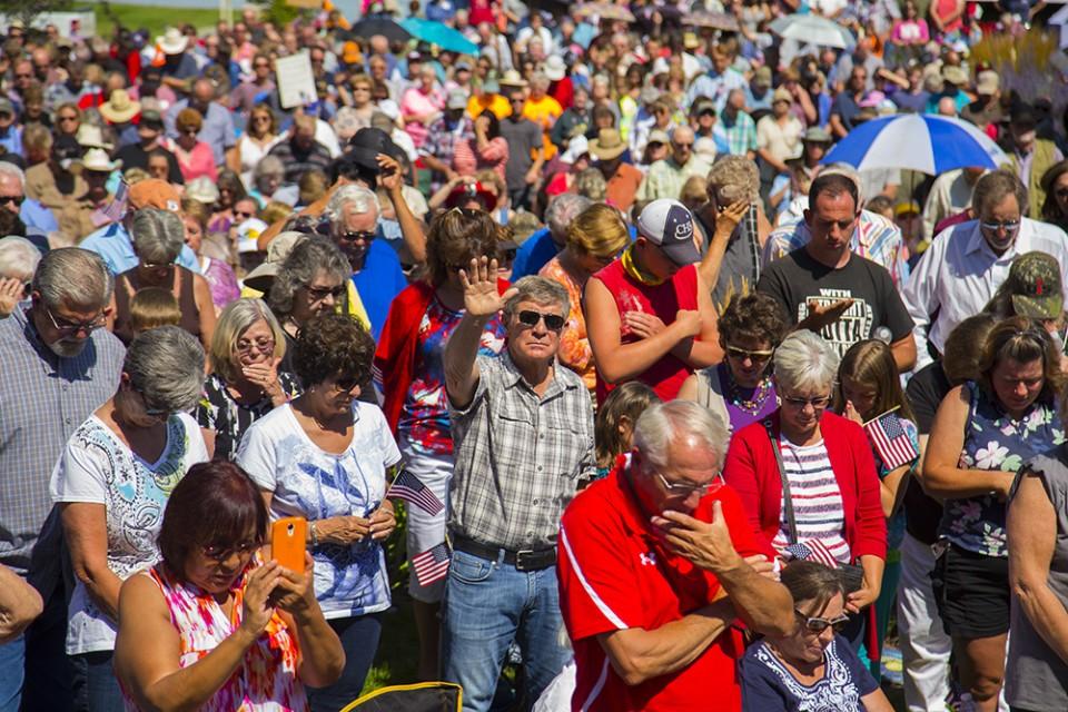 Crowd praying