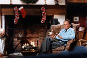 The Greatest Gift of All: Billy Graham's Simple Explanation of Christmas