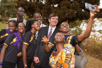 nickel_658619-960x640-will-g-selfie-uganda