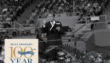 Billy Graham's Impact: An Unexpected Hospital Visit in Hawaii