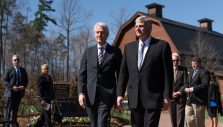 Former President Bill Clinton Honors 'America's Pastor' at Billy Graham Library
