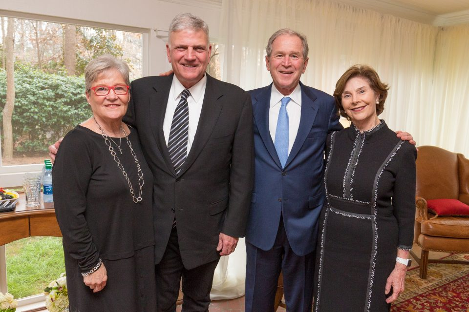 Franklin and Jane Graham, former President George W. Bush and First Lady Laura Bush