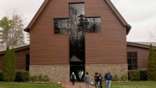 Library Visitors Reflect on Billy Graham's Life