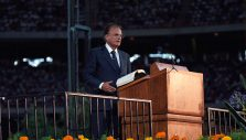 An Atheist, a Single Dad, a 5-year-old: Short Stories of Lives Touched by Billy Graham