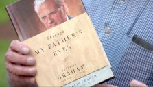 Franklin Graham Honors His Father During Visit to the Billy Graham Library