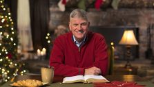 A Word from Franklin Graham: Look for Ways to Share Christ This Christmas