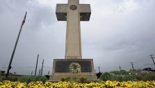 BGEA Backs WWI Memorial in Supreme Court Case
