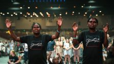 Australia's Tough 'Top Enders' Unashamed to Embrace Christ in Darwin