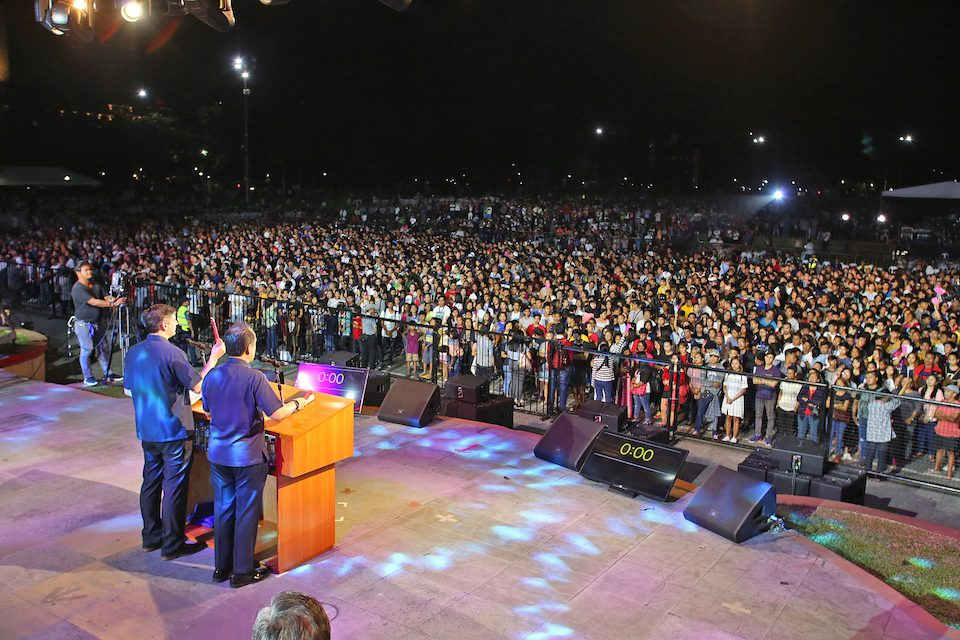 Metro Manila Celebration with Will Graham