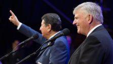 Colombia Seeks God During Easter Weekend Festival
