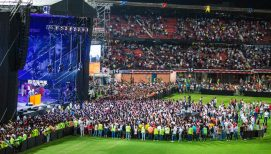 'There's Room for You,' Franklin Graham Tells Thousands Responding to Christ in Cúcuta