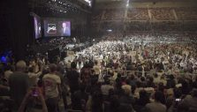 Thousands of Aussies Commit Their Lives to Christ During the Graham Tour