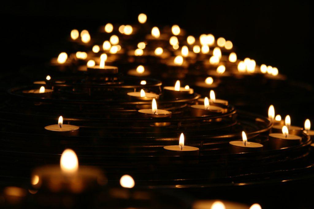 Billy Graham Devotions 19 June, Billy Graham Devotions 19 June 2019 – Comfort in Mourning