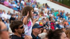 'Jesus Christ Is a Living Hope,' Franklin Graham Tells Thousands in Wilmington