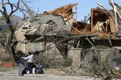Rapid Response Team Ministering in Dallas After EF3 Tornado