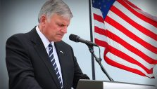 As COVID-19 Fears Build, Franklin Graham Encourages National Day of Prayer
