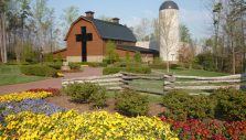 Billy Graham Library Grounds Open for Prayer, Reflection