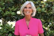 Anne Graham Lotz Leads Women in Prayer Across the Nation