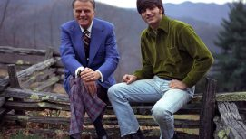 Franklin Graham Recalls a Pivotal Walk with His Father