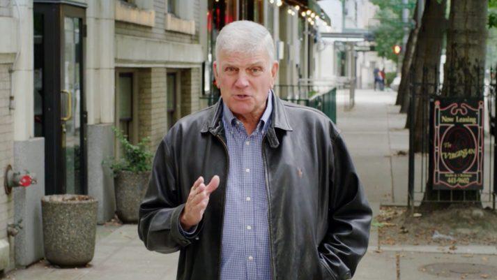 Franklin Graham talking on street