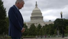 Franklin Graham Calls for Prayer Following Capitol Chaos