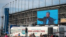 Route 66 Revival: Tour Revs Up at Chicagoland Speedway