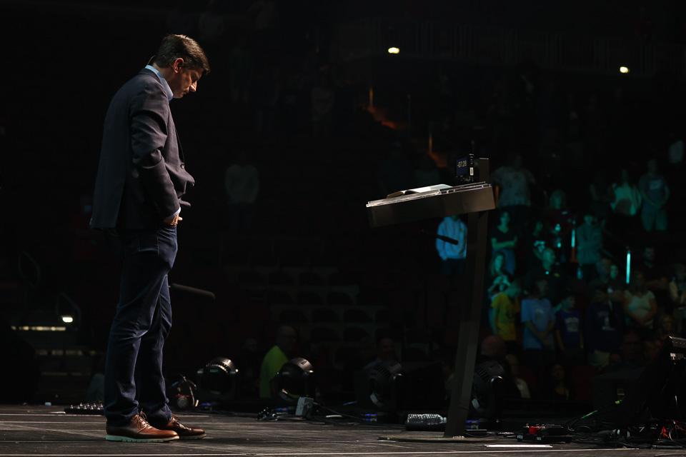 Will Graham praying