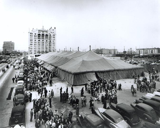 BG LA 1949 Street Scene-72dpi