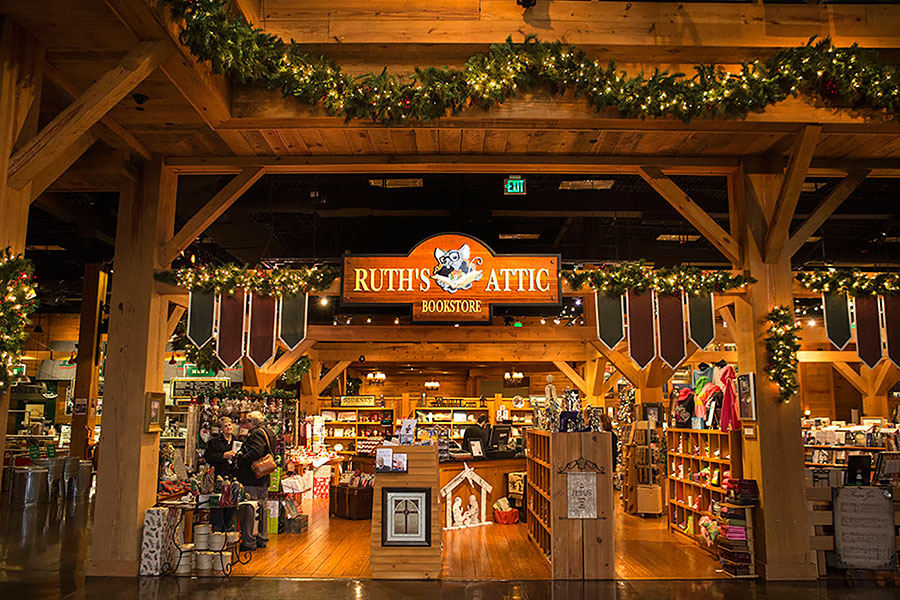 Ruth's Attic decorated for Christmas