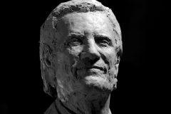 """Sept. 28, 2018: Sculpture by Yuan Xikun entitled """"Billy Graham as Messenger"""" is unveiled. © (Yuan Xikun)"""