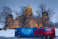Des Moines, Iowa: Stop #1 – Some 2,500 Iowa residents gathered on the steps of the Capitol in Des Moines on Jan. 5, 2016, as part of the Decision America Tour.