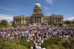 Boise, Idaho: Stop #34—Some 3,800 Idaho citizens gathered at the capitol's Jefferson Street steps in Boise on Aug. 10, 2016, as part of the Decision America Tour.