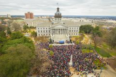 Columbia, S.C.: Stop #5 – Some 7,100 South Carolina residents gathered on the steps of the capitol in Columbia on Feb. 9, 2016, as part of the Decision America Tour.