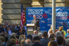Raleigh, North Carolina: Stop #50—Some 14,200 North Carolinians gathered at the Capitol in Raleigh on Oct. 13, 2016, as part of the Decision America Tour.