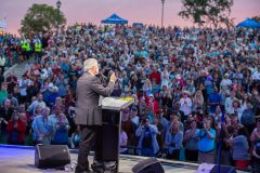 May 25, 2018: Franklin Graham encourages more than 8,000 people gathered at Spectrum Amphitheater in Bakersfield, California, to pray for the country and their communities.