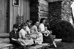 "The Graham Family, left to right:  William ""Franklin"" III, Ruth Bell, Anne Morrow, Virginia Leftwich ""Gigi,"" Ruth and Nelson Edmond ""Ned"" (1958)."