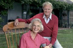 Ruth and Billy Graham at home in Montreat, North Carolina (1996).