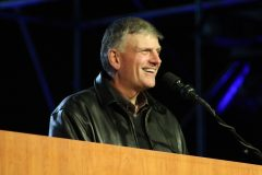 Franklin Graham speaks to crowds totaling 157,000 gathered over three days (Aug. 27 – 29, 2009) in Parque Simon Bolivar in Colombia's capital city for the Festival of Hope.