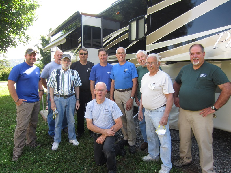Maintenance crew with Campers on Mission June 2015 sm