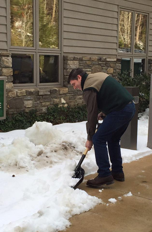 Wil Graham shoveling snow Jan 2016