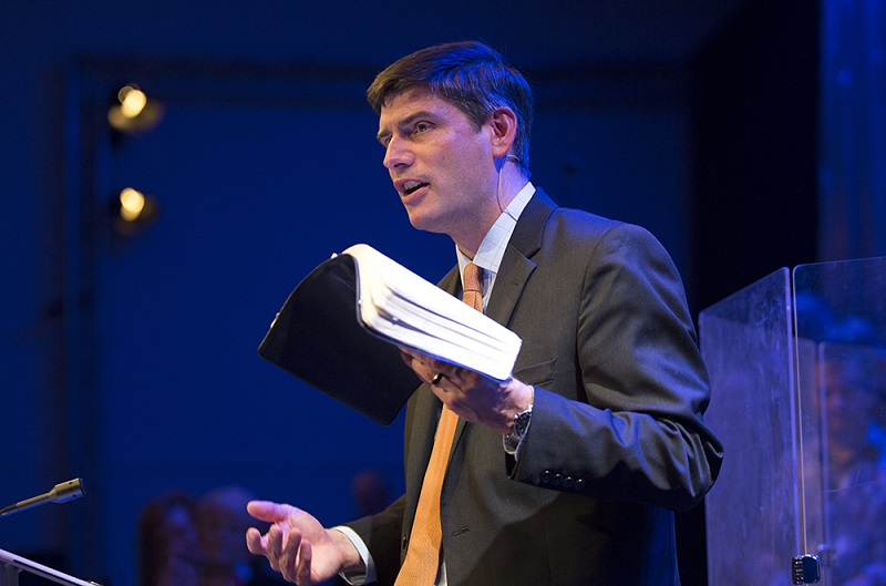Wil Graham preaching in Scotland